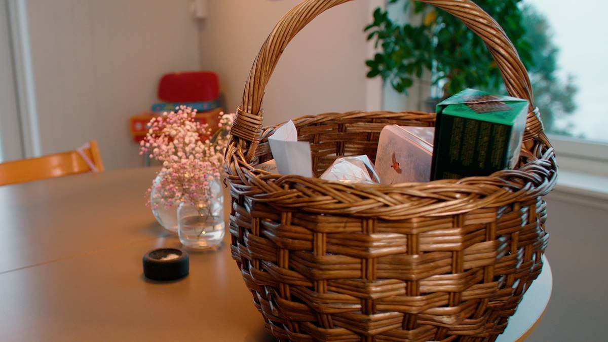 basket-filled-with-goodies